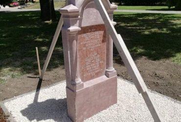 Hamarosan elkészül az újratelepítő elődeink síremléke