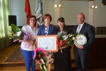 Jász-Nagykun-Szolnok Megyei Művészeti Díjban részesült a Rajziskola
