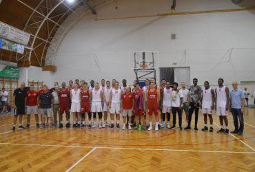 Kosárlabdamérkőzés a Dani Margit Sportcsarnokban